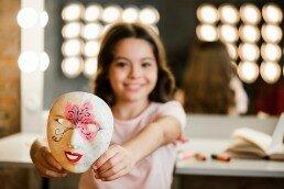 Las clases de teatro para niños les ayudan a desarrollar su empatía
