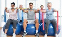 Las clases de pilates para mayores y adultos cuentan con ejercicios que aumentan su salud