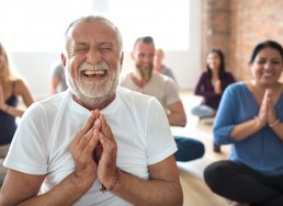 Los talleres de bienestar para adultos fomentan las emociones positivas en sus participantes